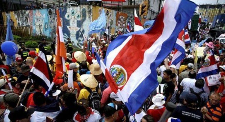 Crisis social y COVID-19: EEUU pide a ciudadanos no viajar a Costa Rica