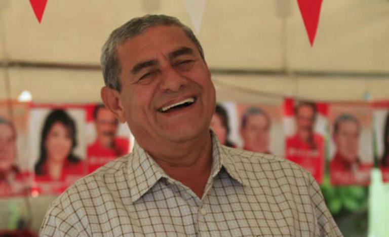 Partido Liberal respalda a alcalde Leopoldo Crivelli; piden su restitución
