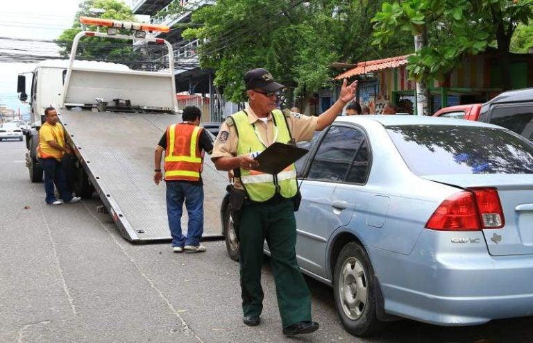 ¡Conductores deben respetar Ley de Tránsito! Regresarán las grúas al centro de SPS
