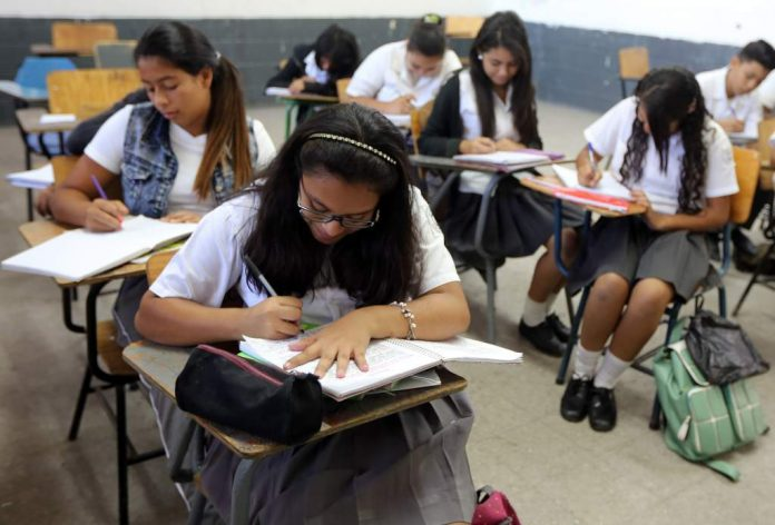 Educación lineamientos promoción estudiantes