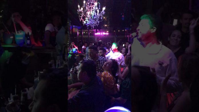 Bar fiesta La Botella