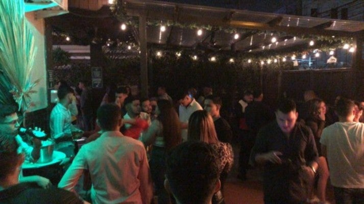 ¿Qué opinan expertos respecto a fiestas en bares y discotecas de Honduras?