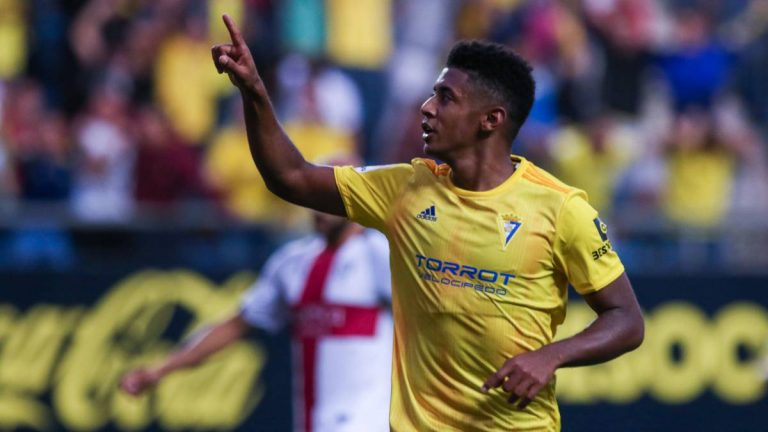 """El gran paso del """"Choco"""" Lozano en el fútbol europeo"""