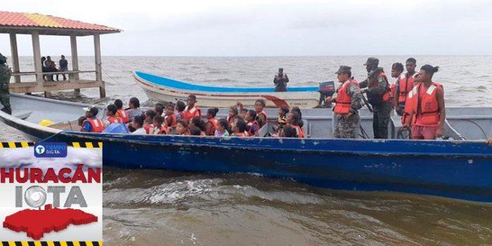 Iota evacuaciones en La Mosquitia