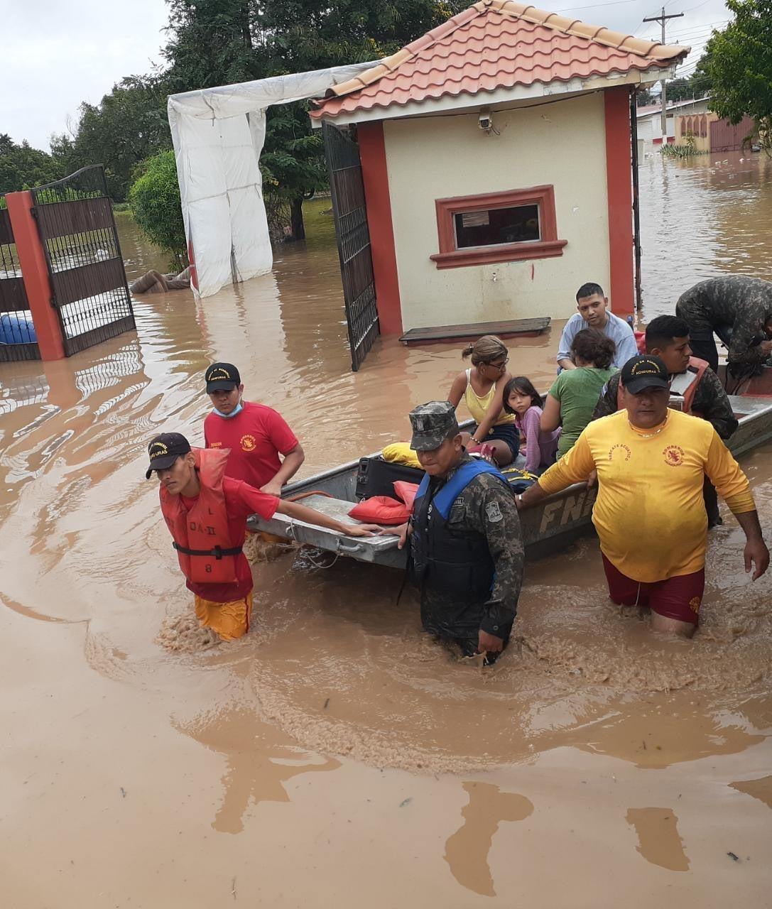 rescatan familia Montebello SPS