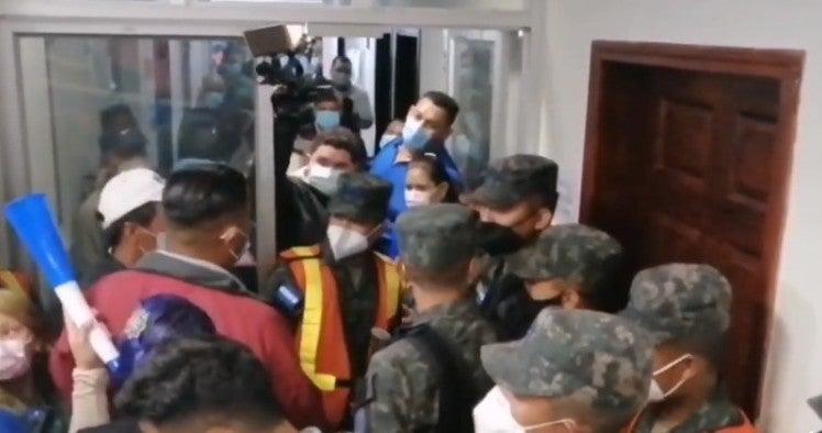 Nacionalistas piden reintegro de empleado en instalaciones de Copeco
