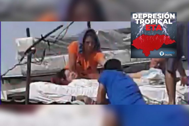 Eta: mujer agoniza en un techo de La Lima; «claman» por un rescate