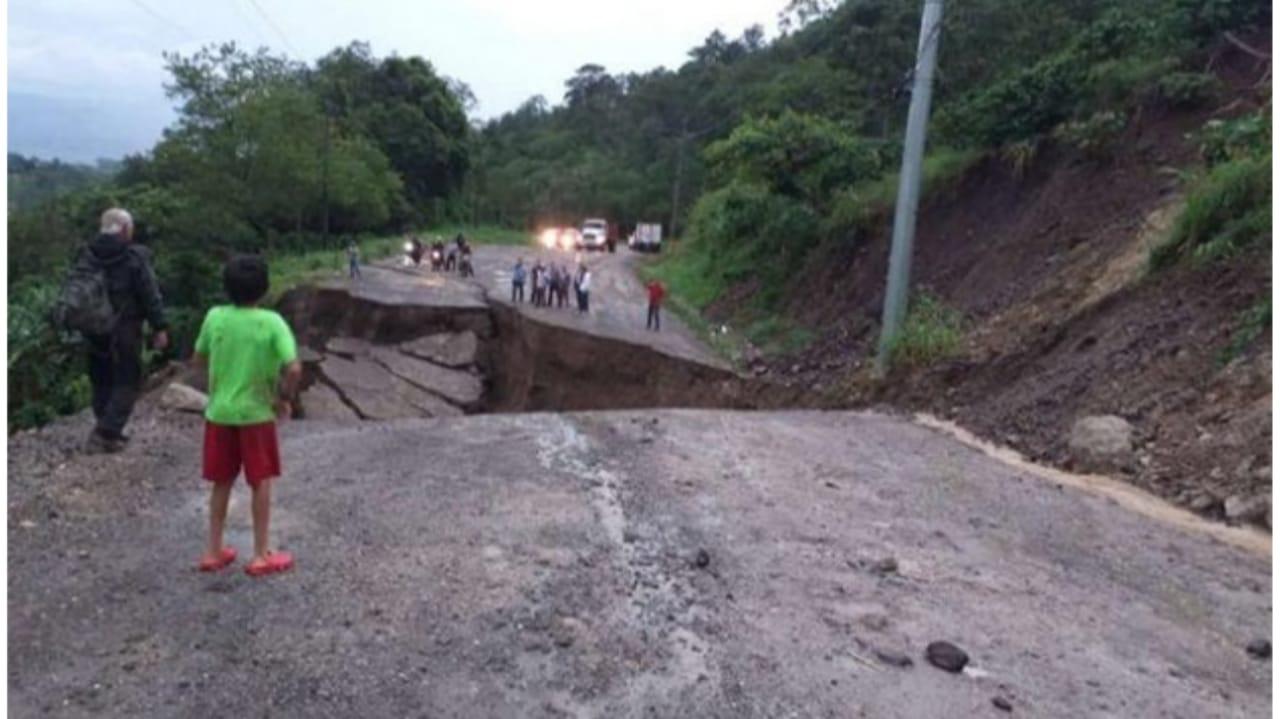 Iota carreteras Honduras