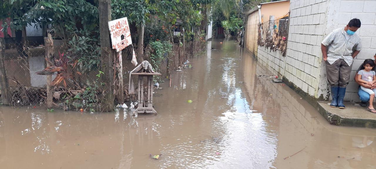 río inunda colonia de Cortés