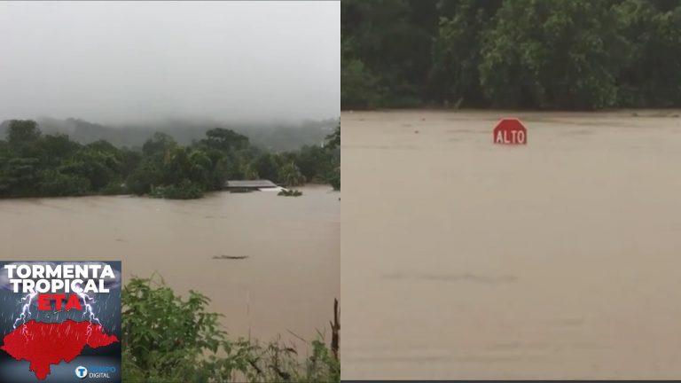 """Potrerillos """"bajo el agua"""": casas se encuentran """"tapadas"""" y temen más lluvia"""