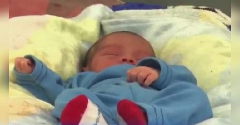 """Emmanuel: el """"milagro"""" que nació bajo el puente de Chamelecón tras Iota"""