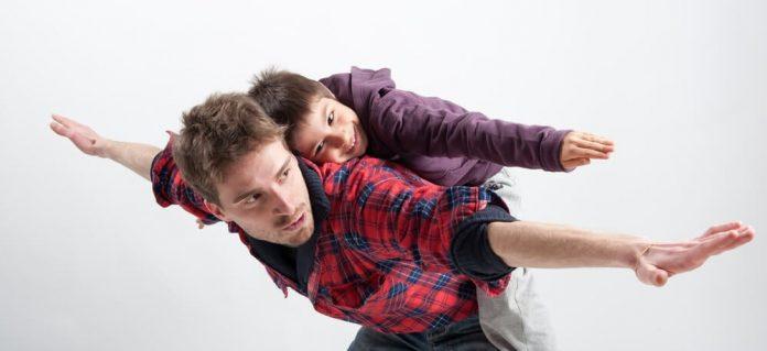 pareja buen padre
