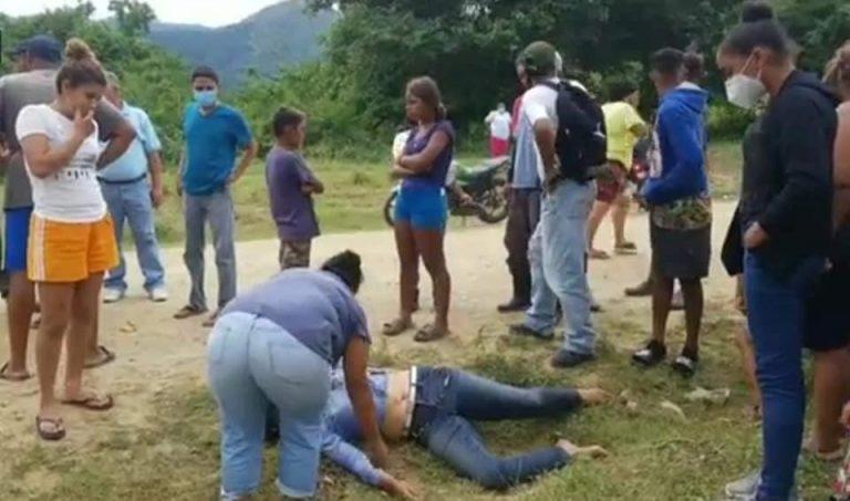 Yoro: fémina choca contra árbol y fallece; sus dos hermanos resultan heridos