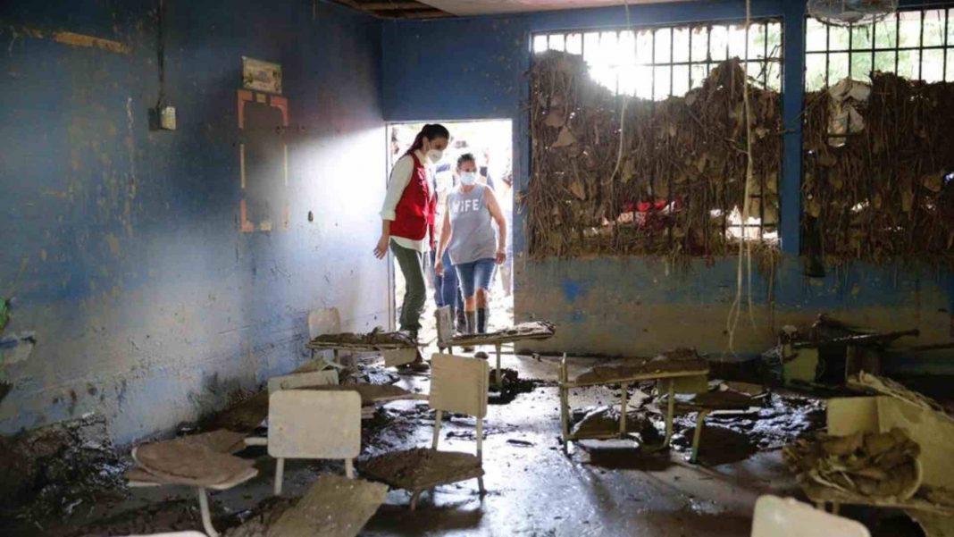 Centros educativos dañados Honduras