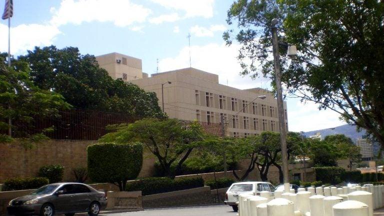 Embajada de Estados Unidos cierra por feriados: ¿cuándo reanuda actividades?