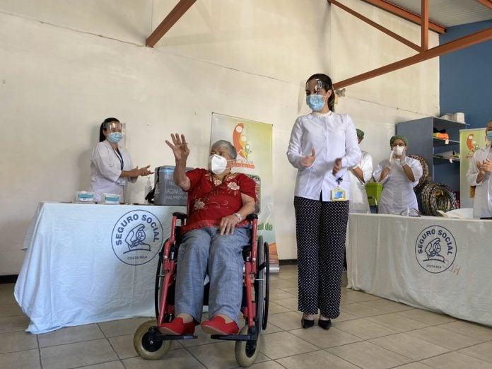 Costa Rica vacunación COVID-19