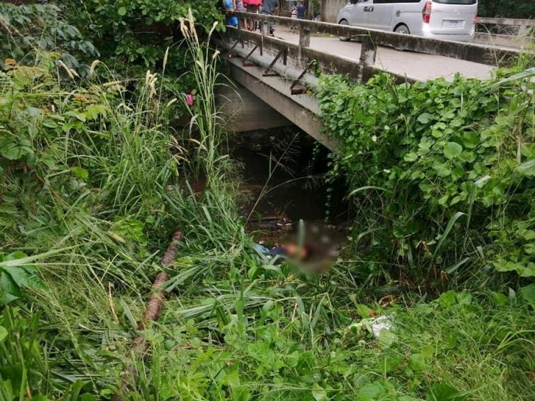 Semidesnudos hallan cuerpos de hombre y mujer bajo puente en Choloma