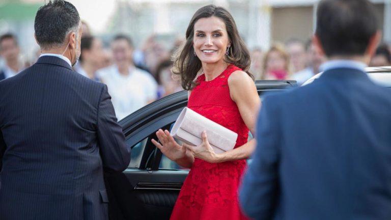 Reina Letizia de España visitará el Valle de Sula y dará ayuda a damnificados