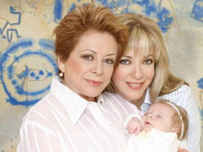 Muere mamá Edith González