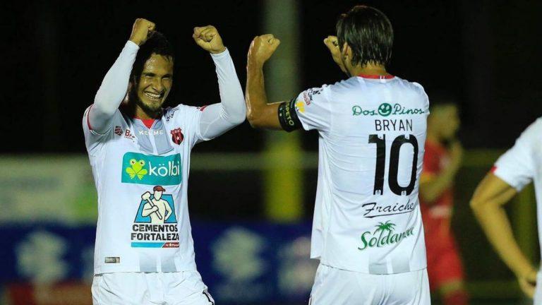 VAN POR LA 30: Alex López y Alajuela clasifican a la final