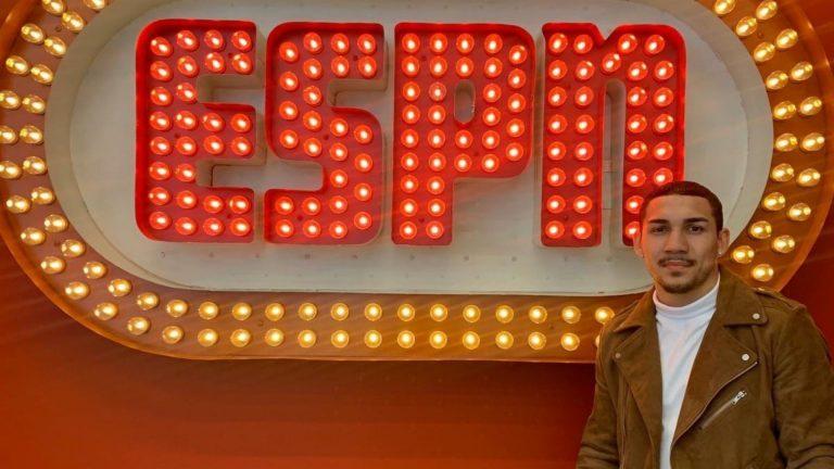 """ESPN reconoce a Teófimo López como """"Peleador del año"""""""