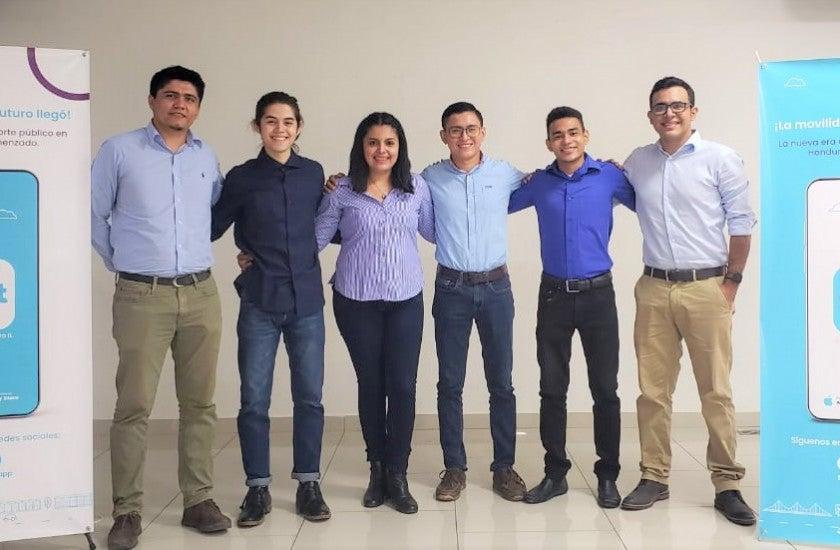 estudiantes de Ingeniería en Sistemas