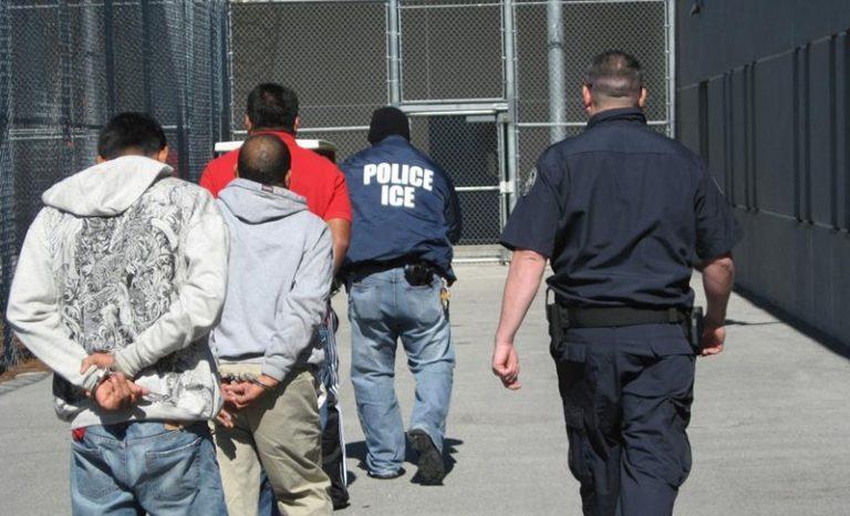 EEUU: Más de siete mil migrantes bajo custodia de ICE tienen COVID-19