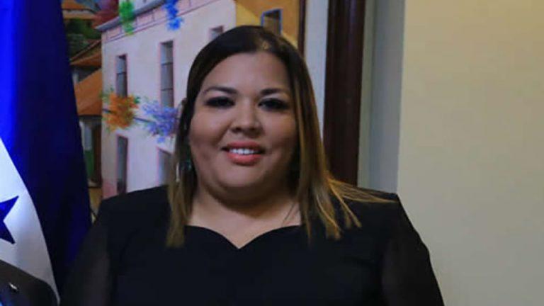 ¿Cuál es la trayectoria de la nueva titular del CONADEH, Blanca Izaguirre?