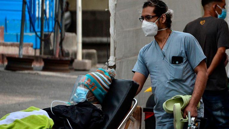Dr Hugo Fiallos: Con incremento de Covid-19, «vuelve la venta de manómetros y oxígeno»