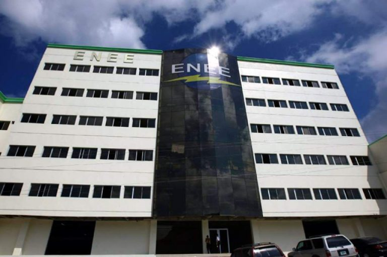 CN aprueba multimillonario préstamo para pagar deudas actuales en la ENEE