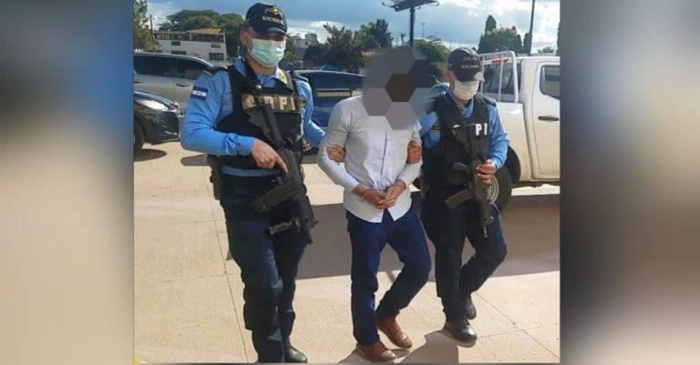 Arrestan a presunto responsable de asesinar a papá e hija hace siete años