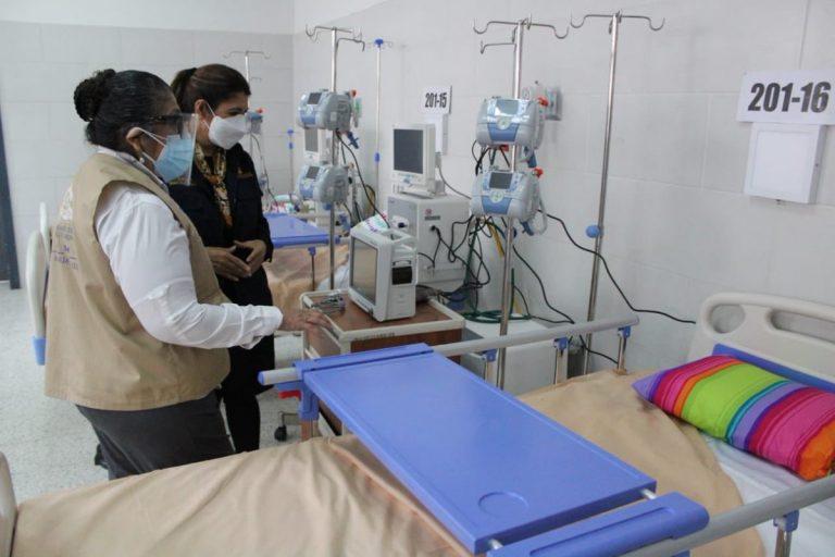 COVID-19: El «Tórax» no recibirá más pacientes graves; salas están al 100 %