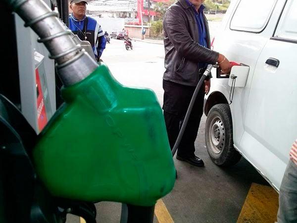 Honduras cierra el 2020 con sexto aumento al hilo en combustibles