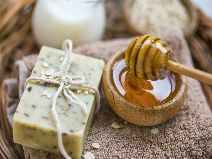 Aprenda a hacer jabón de avena y miel ¡Sencillo y perfecto para la piel!