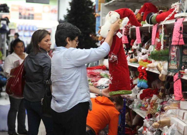 """Comercio esperanzado en la Navidad: Si cierran todo, """"sepultan"""" la economía"""