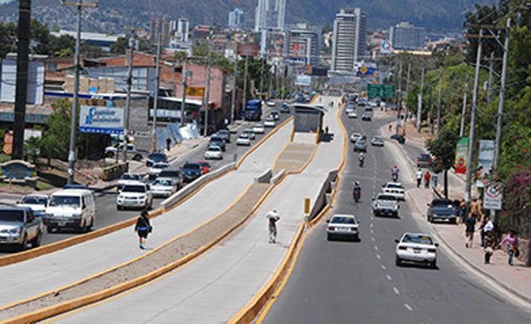 Regidor Municipal: AMDC continúa trabajando en proyecto del Trans 450
