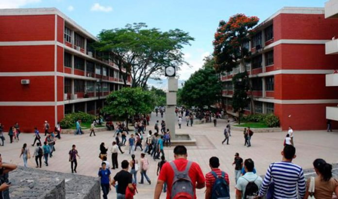 Estudiantes UNAH