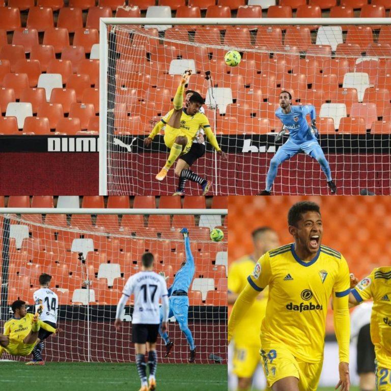 El 'Choco' Lozano anota el gol más lindo de su carrera en Mestalla