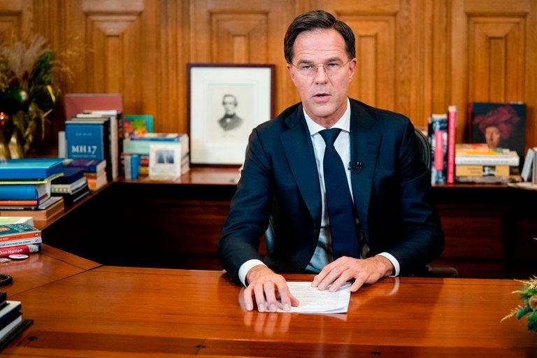 Países Bajos: Renuncia todo el gobierno al descubrir un fraude relacionado con subsidios familiares