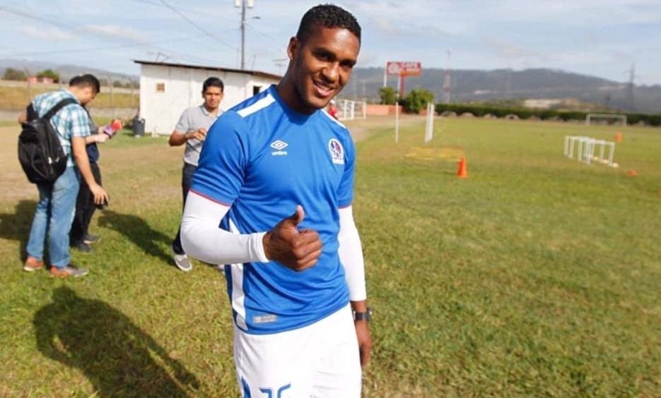 Brayan Beckeles se entrena con Olimpia y podría regresar a Liga Nacional