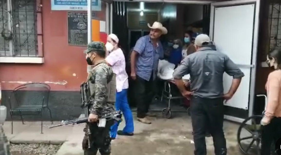 Enfrentamiento policías y asaltantes Copán