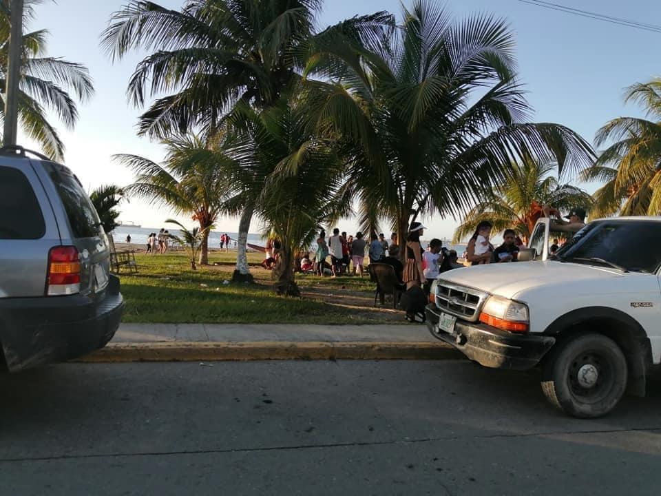 ciudadanos abarrotaron playas