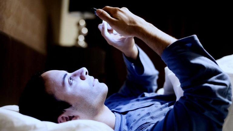 SALUD| Estudio revela que uso excesivo del celular provoca infertilidad