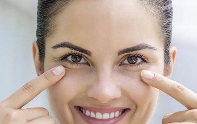 Bolsas debajo de los ojos y ojeras: ¿Qué las causa y cómo puedo tratarlas?