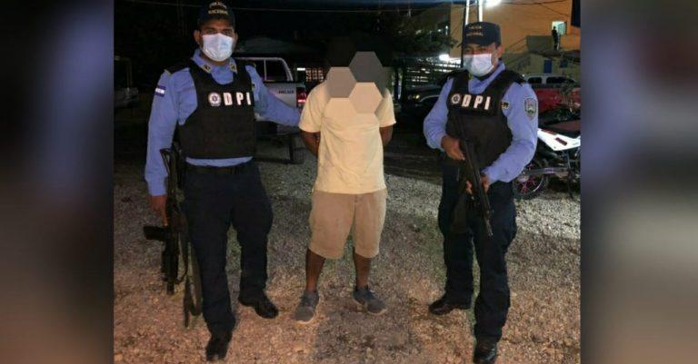 Olancho: hombre «visitaba» a su expareja, la amenazaba con pistola y la violaba