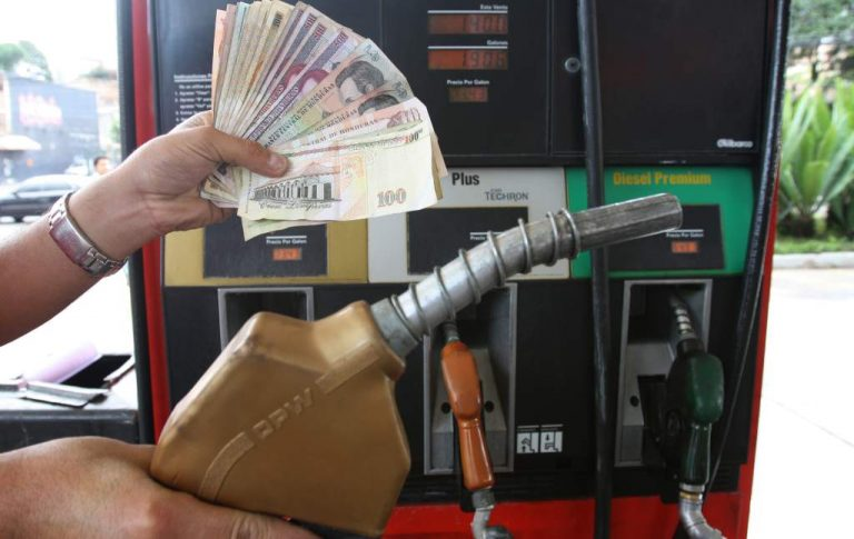 Octavo aumento consecutivo al precio de los combustibles en Honduras