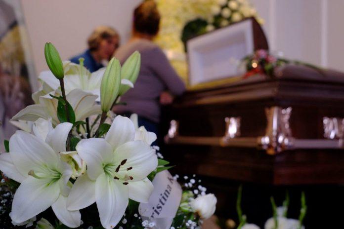 16 miembros familia murieron covid-19