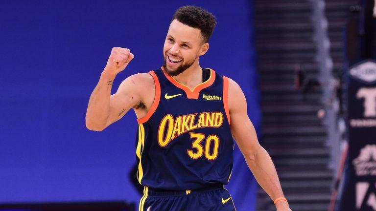 Stephen Curry se convierte en el segundo mejor triplista en la historia de la NBA