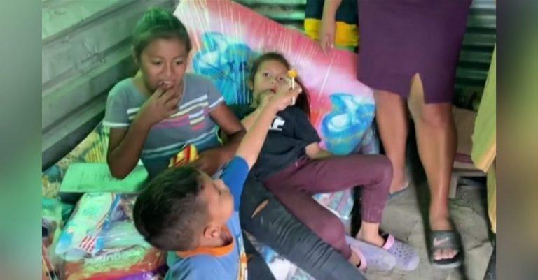 «Mi mayor tesoro»: vive en la calle por Eta e Iota, pero agradece conservar su familia