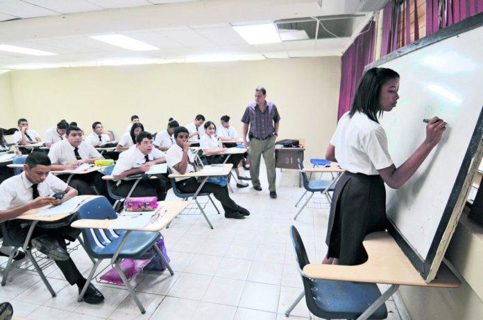 clases presenciales febrero Educación